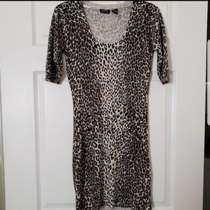 Joyce Leslie Dresses - 🌞Animal print dress